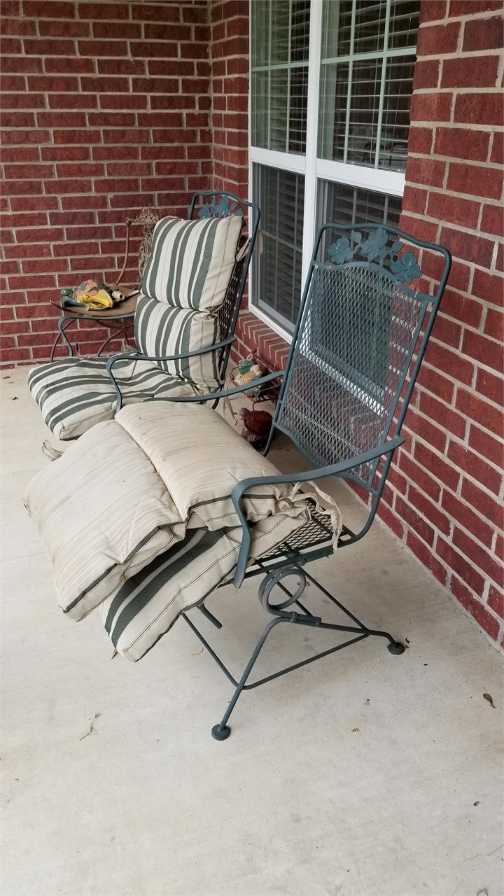 Metal lawn chairs