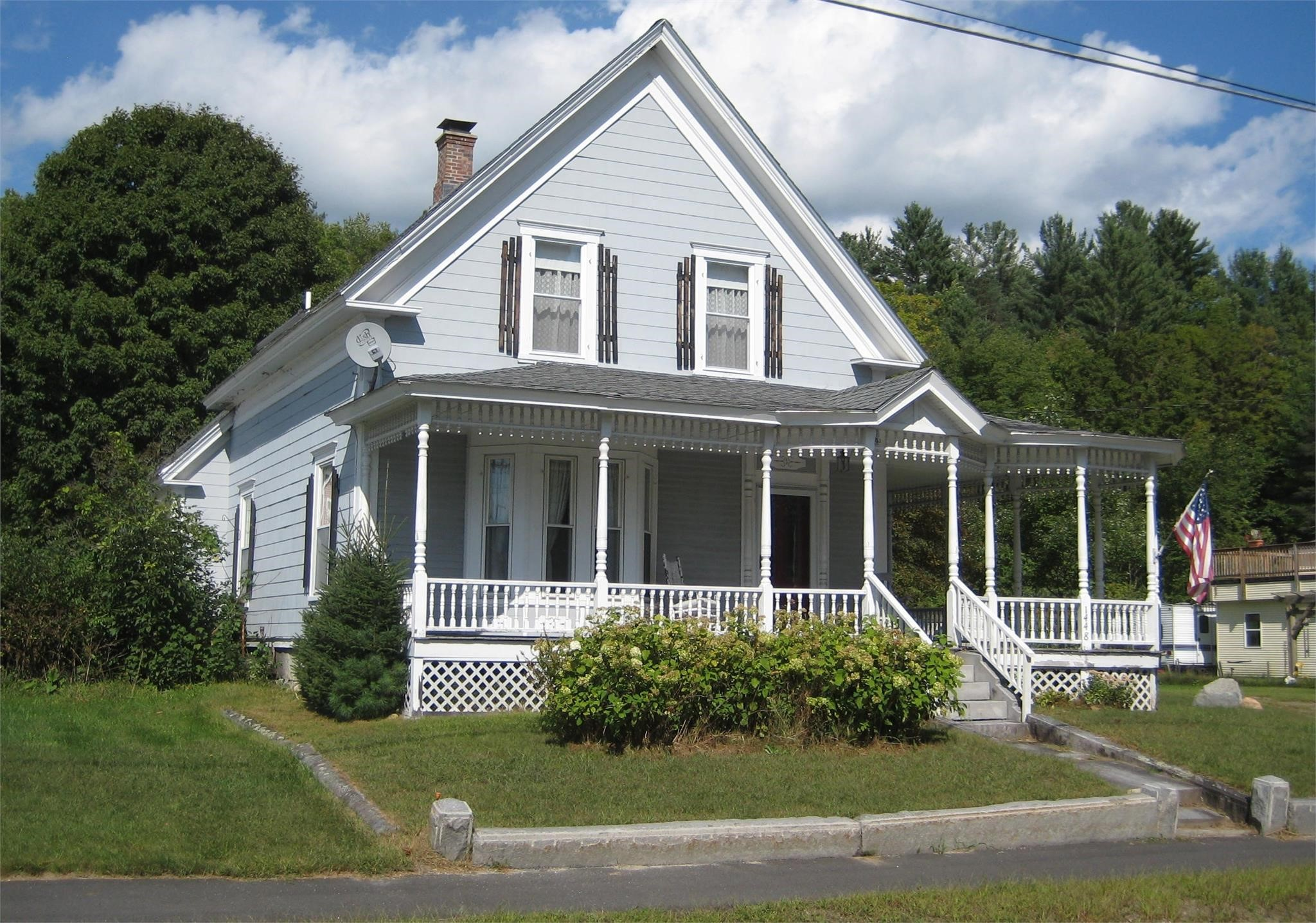 Beautiful Spacious Vermont Victorian