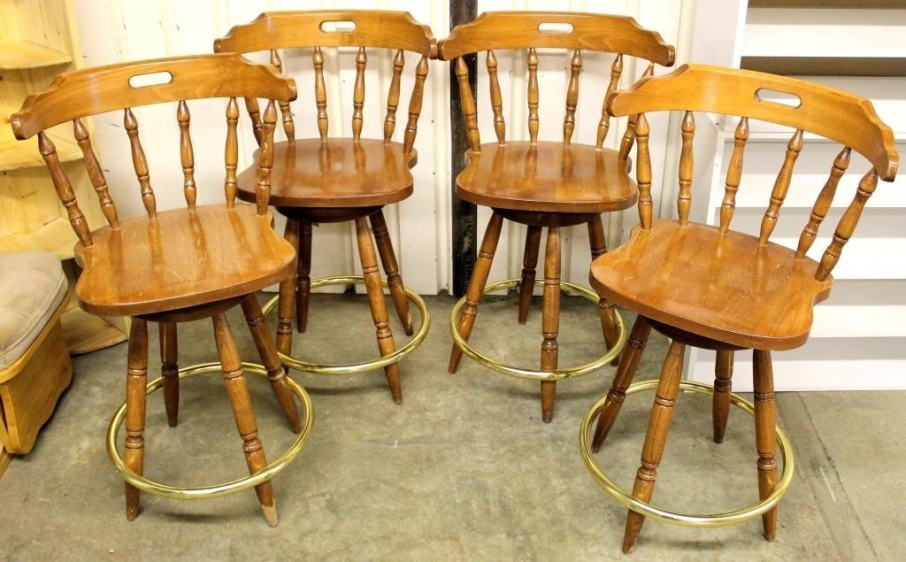 4- Tall Bar Stool/Chairs
