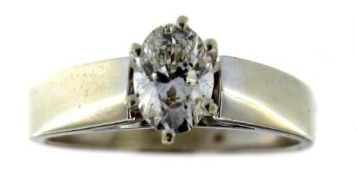 14kt Gold Oval 3/4 ct VS Diamond Solitaire Ring