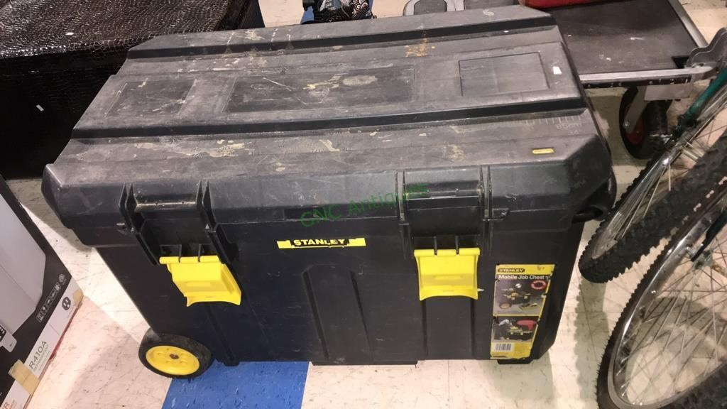 Stanley mobile job chest with a pullout handle