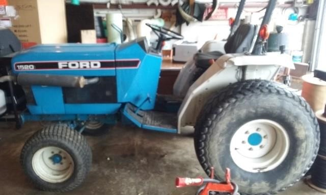 Ford 1520 Tractor, Model #019282 -  Runs Great!