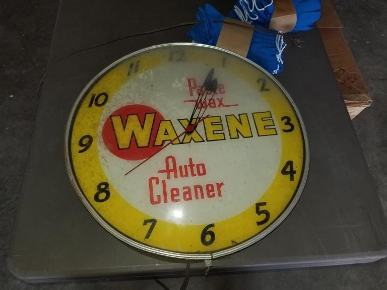 Vintage lighted Waxene clock