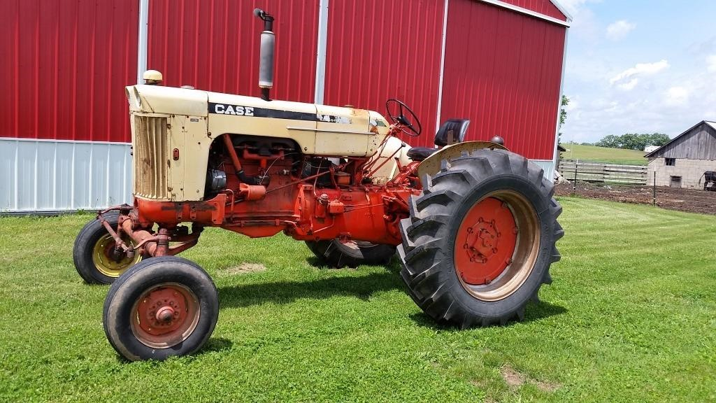 Vintage Tractor Consignment Auction