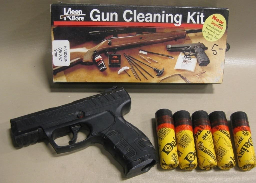 BB Gun, Cleaning Kit, BBs