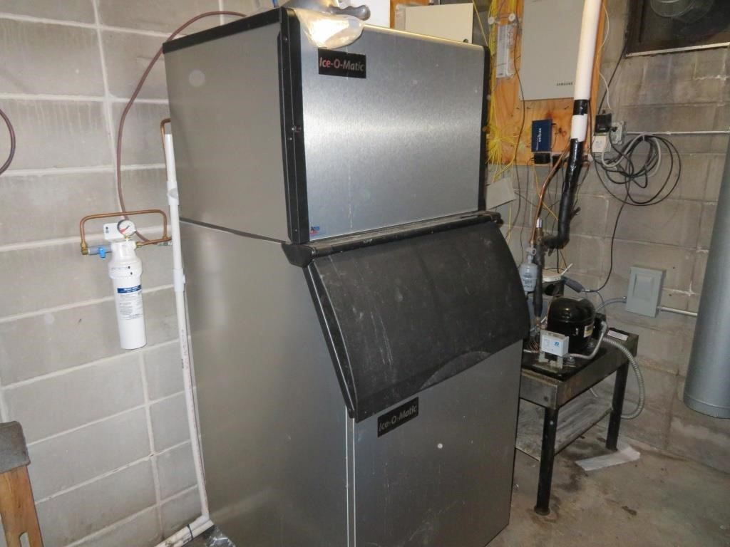 ICE-O-MATIC Ice Maker w/ Filter System