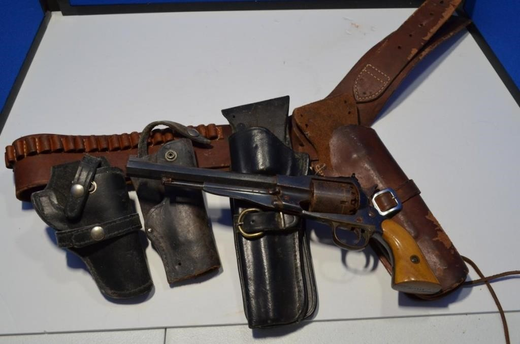 4 leather holsters, Black powder Pistol and Belt