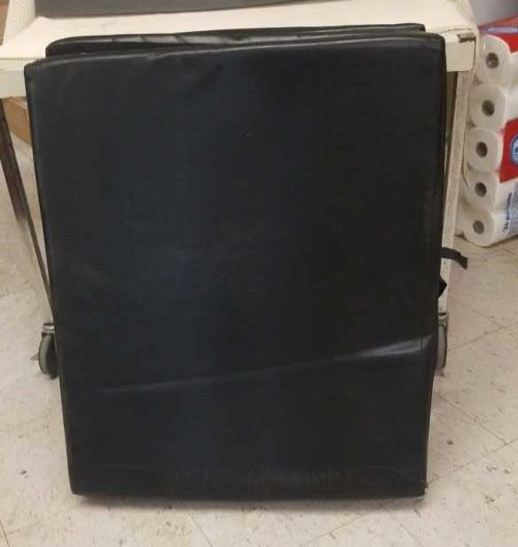 Usable and Collectible Online Auction