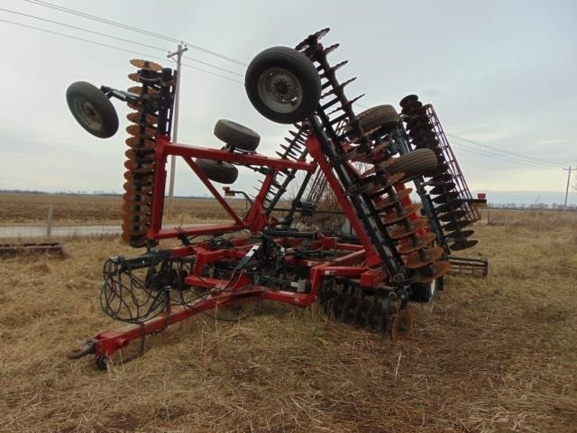 Sexton Farm Equip., Heads, Implements, Semis & Trailers