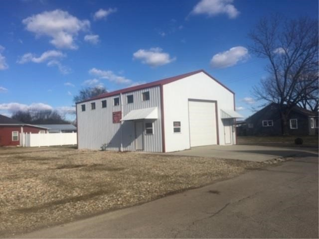 ONLINE ONLY - 1200 SF POLE BUILDING BUILT IN 2014