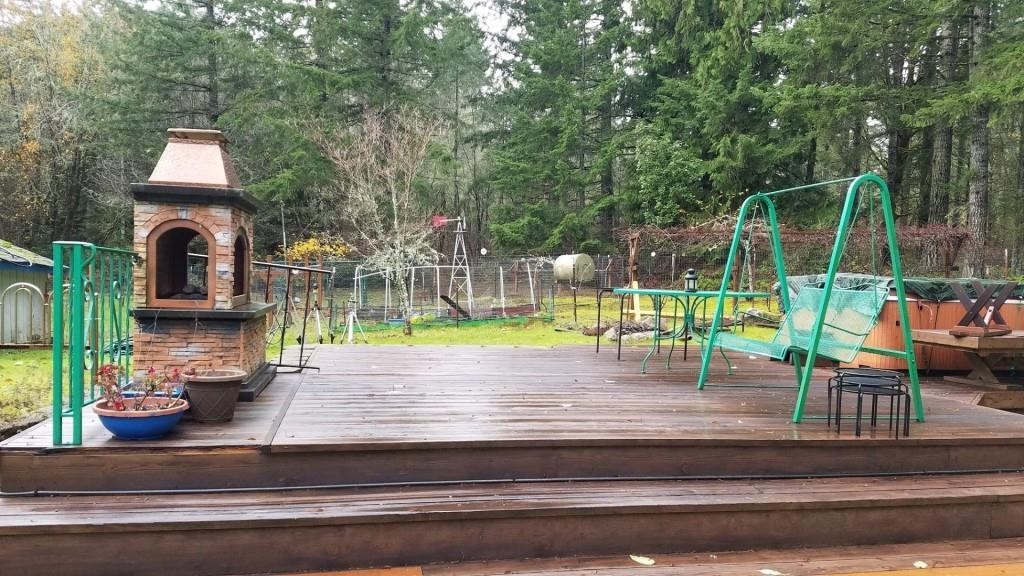 Steamboat Island Price Estate Auction - Day 2 of 2