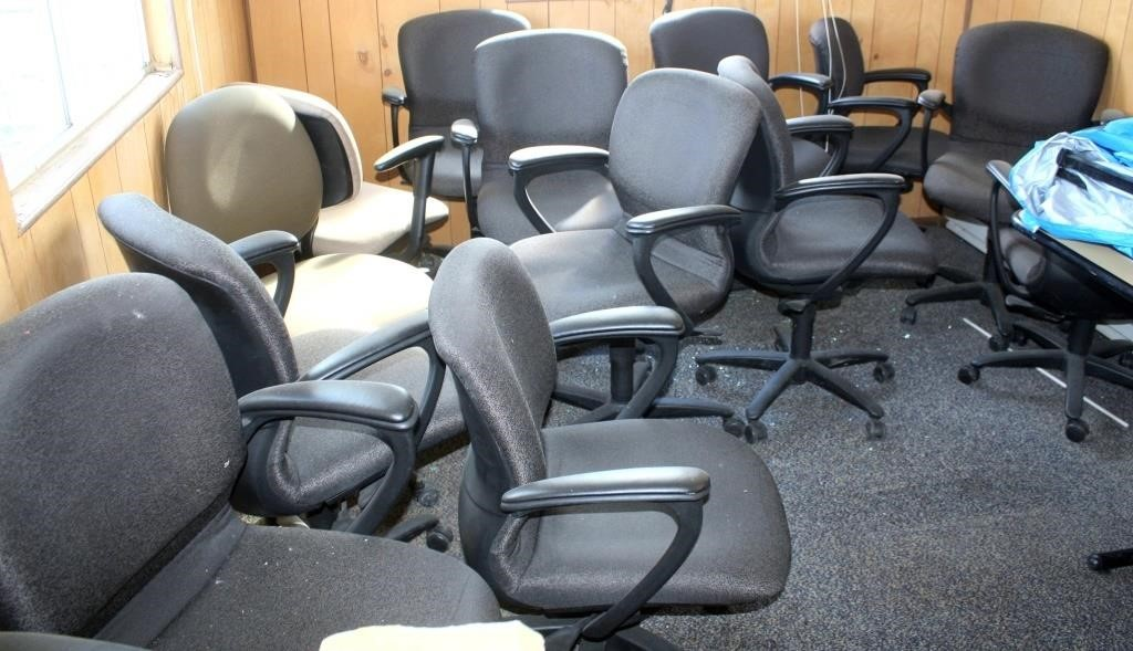 Misc Office Chairs (more pics coming soon of office equip)