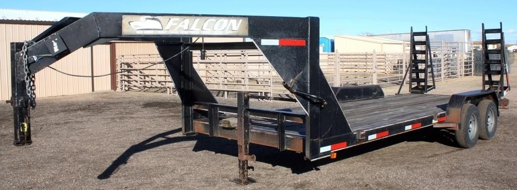 2004 Falcon Flatbed Trailer, 7'x20', GN, 2-axle, ramps (view 1)