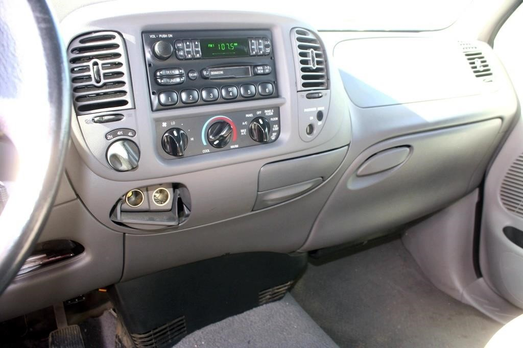 1999 Ford F-150 XLT PK (view 6)