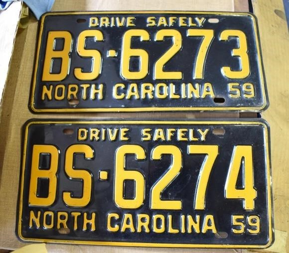 Matched Set MINT 1959 License Plates