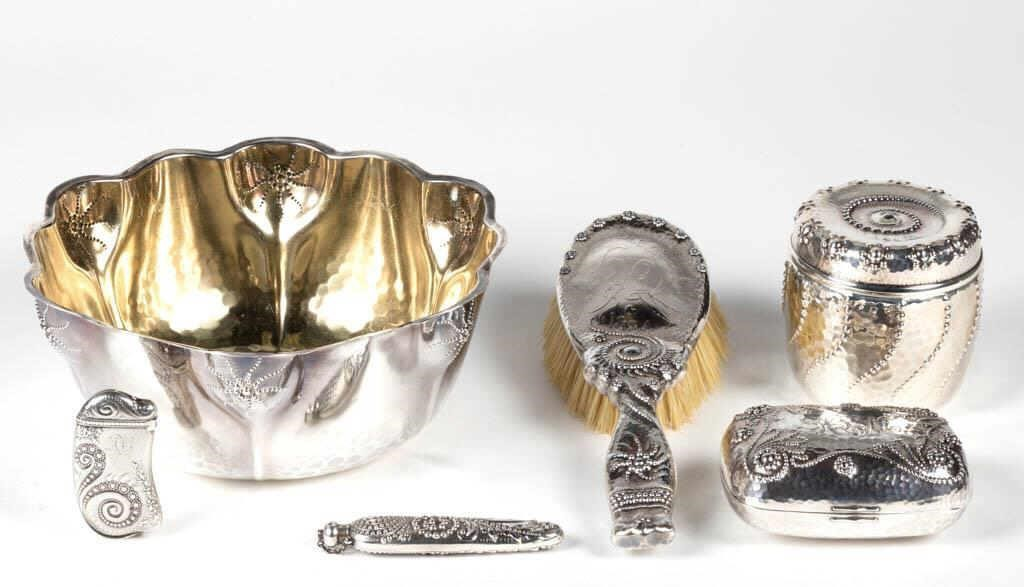 """Whiting """"Fantasy"""" pattern sterling articles"""