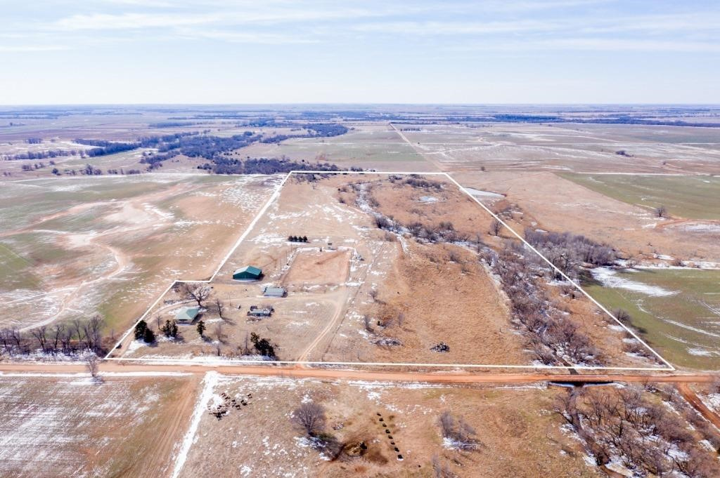 BANK OWNED PROPERTY - 54+/- AC - HOME - ARENA ~ HARPER, KS