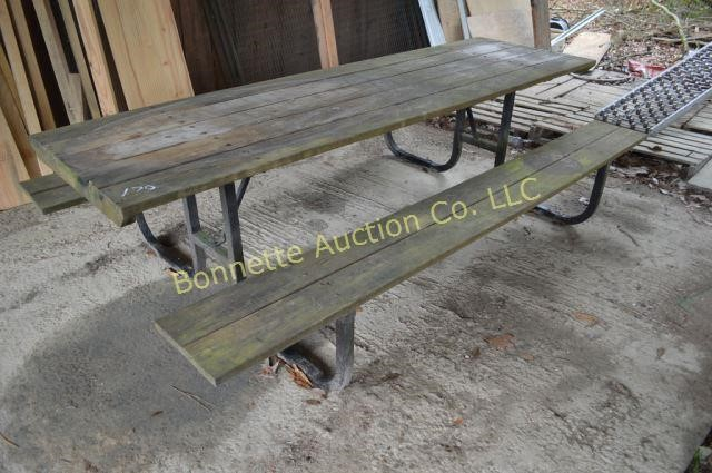 Furnishings & Tools Online Auction in Glenmora, LA