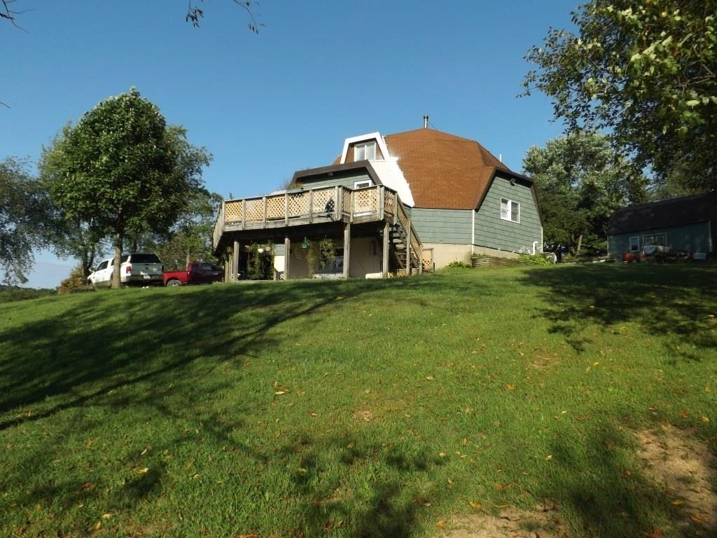 Real Estate Auction in Unity Township