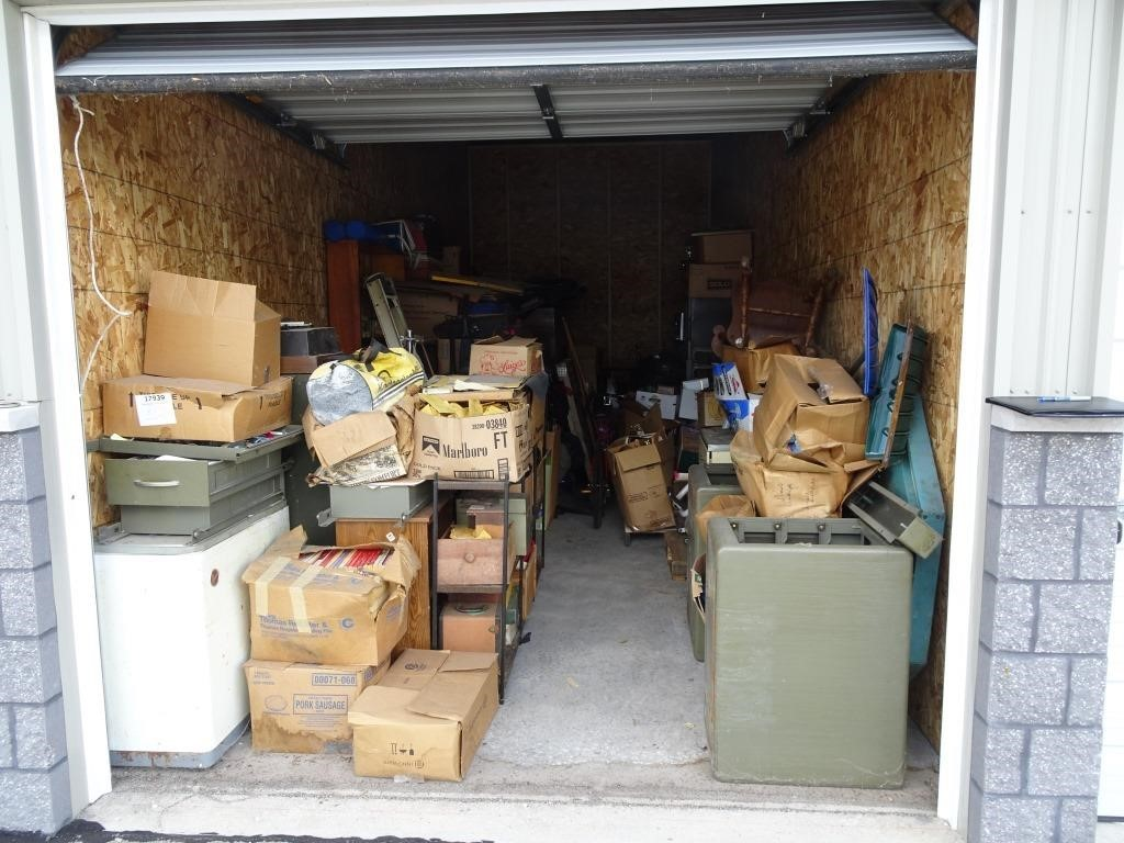 Delinquent Storage Unit - Trailside Storage - Howard, WI
