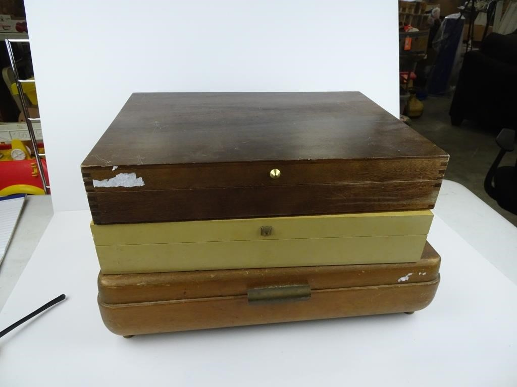 New Items, Estate Finds, Coins, Antiques and More!