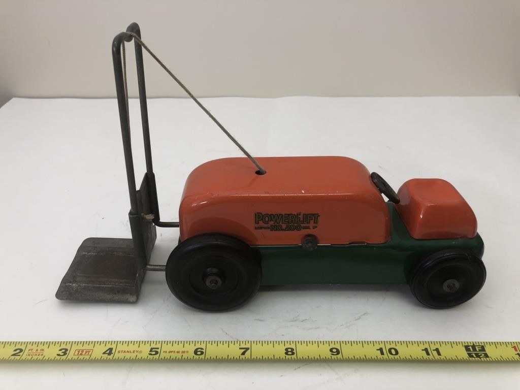Vintage toys! Tonka, Dinky, ARCOR, TOMY, Kenner, Movie Props