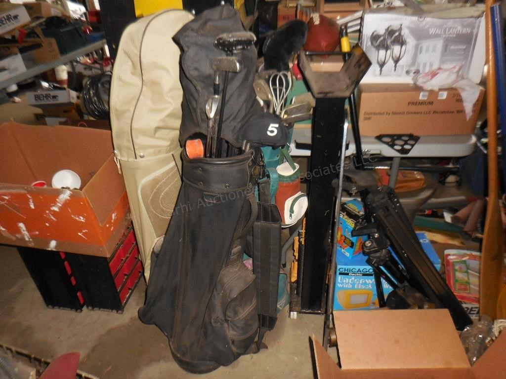 Golf Clubs & sporting items