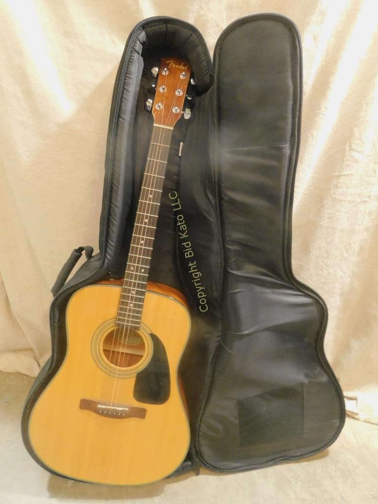 Fender Acoustic Guitar w/ Road Trip Soft Case