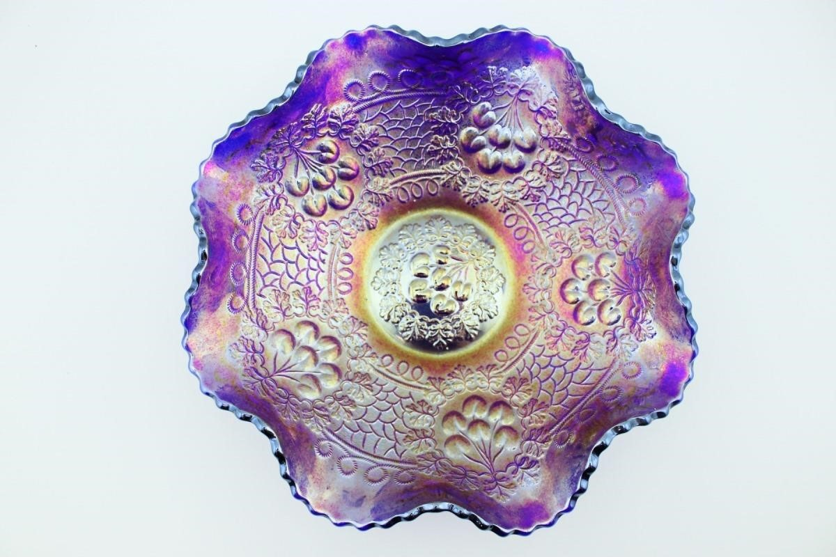 Carnival And Fenton Glass Collection Auction