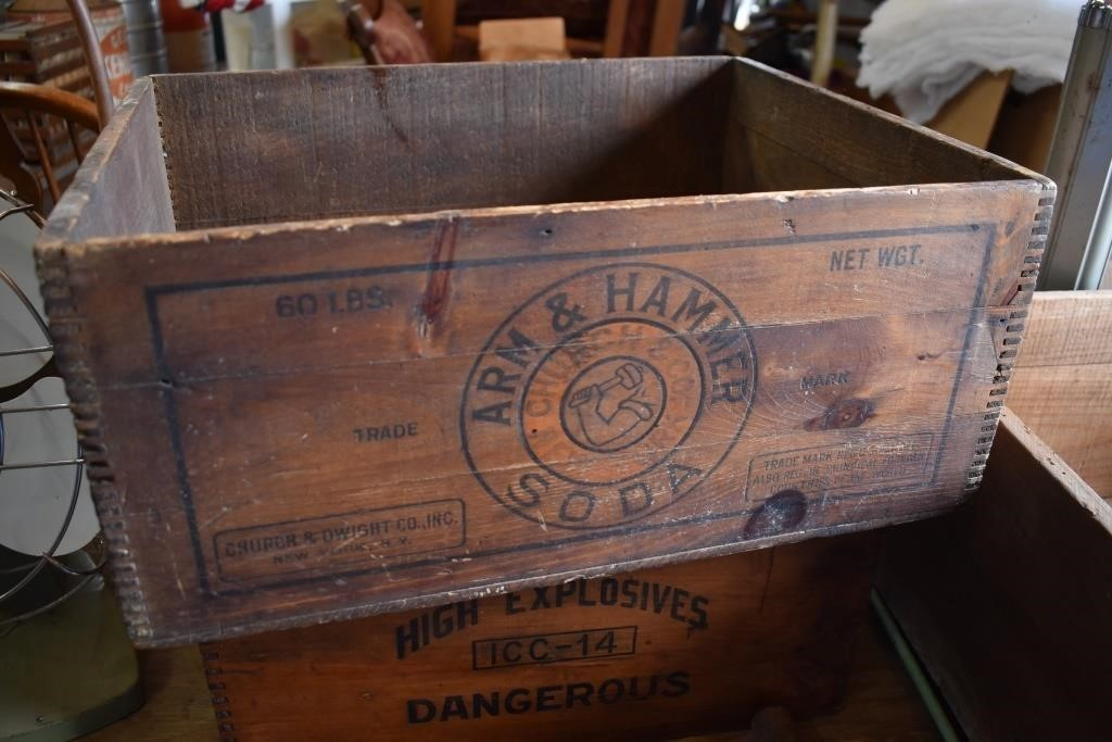 Early Arm & Hammer Wooden Box