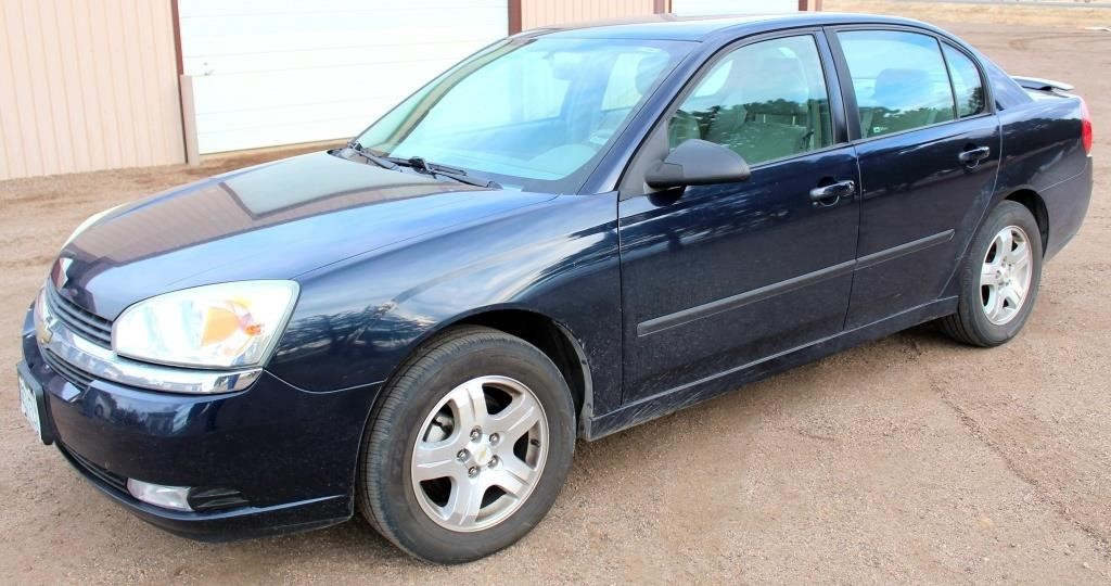 2005 Chevy Malibu LT, 3500 V6 eng, auto trans, leather, loaded w/all the extras, heated seats, new brakes/struts/shocks & battery, 105k mi, avg 27 to 34 mpg, exc cond (view 1)