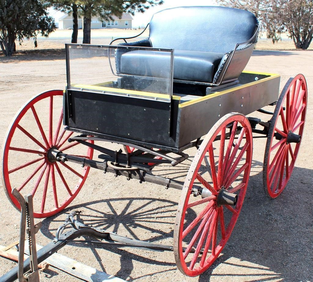 1910 Horse Drawn Buggy (view 4)