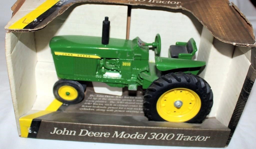 1960 JD Mdl 3010 Toy Tractor, 1/16 Scale