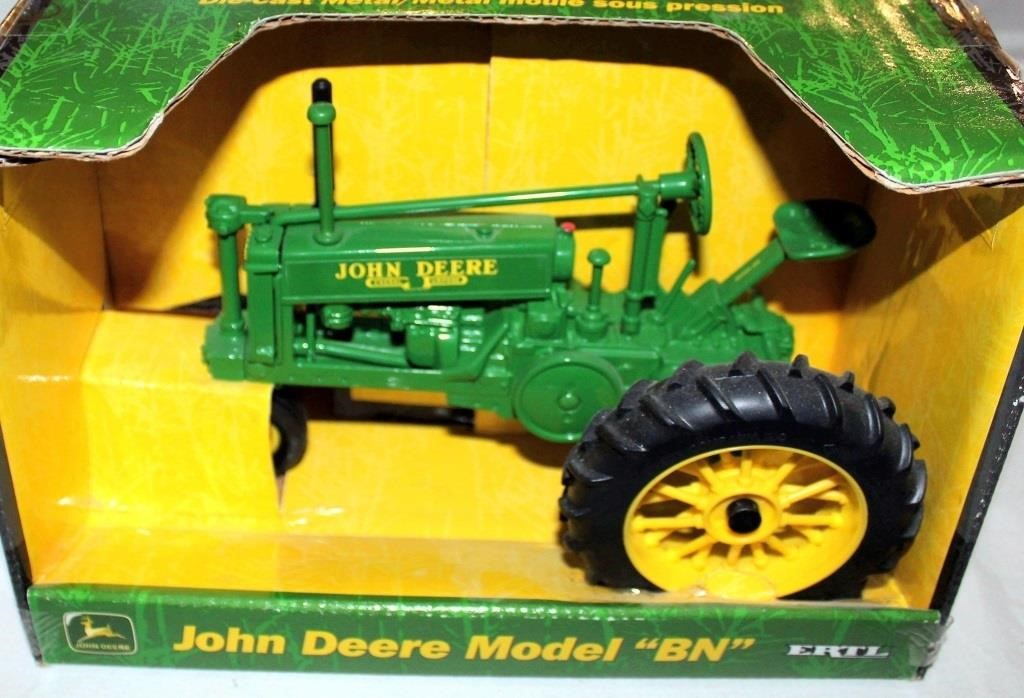 """JD Mdl """"BN"""" Toy Tractor, 1/16 Scale"""