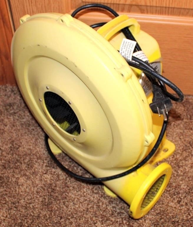 Blower (for drying floors or ourtdoor blow-up yard deco)