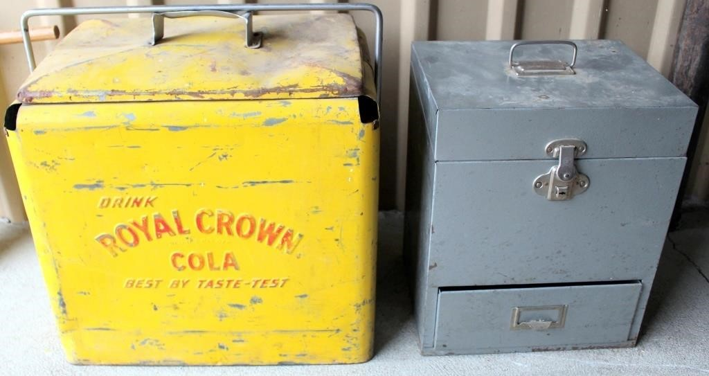 Metal Cola/Ice Chest, Small File Carrier