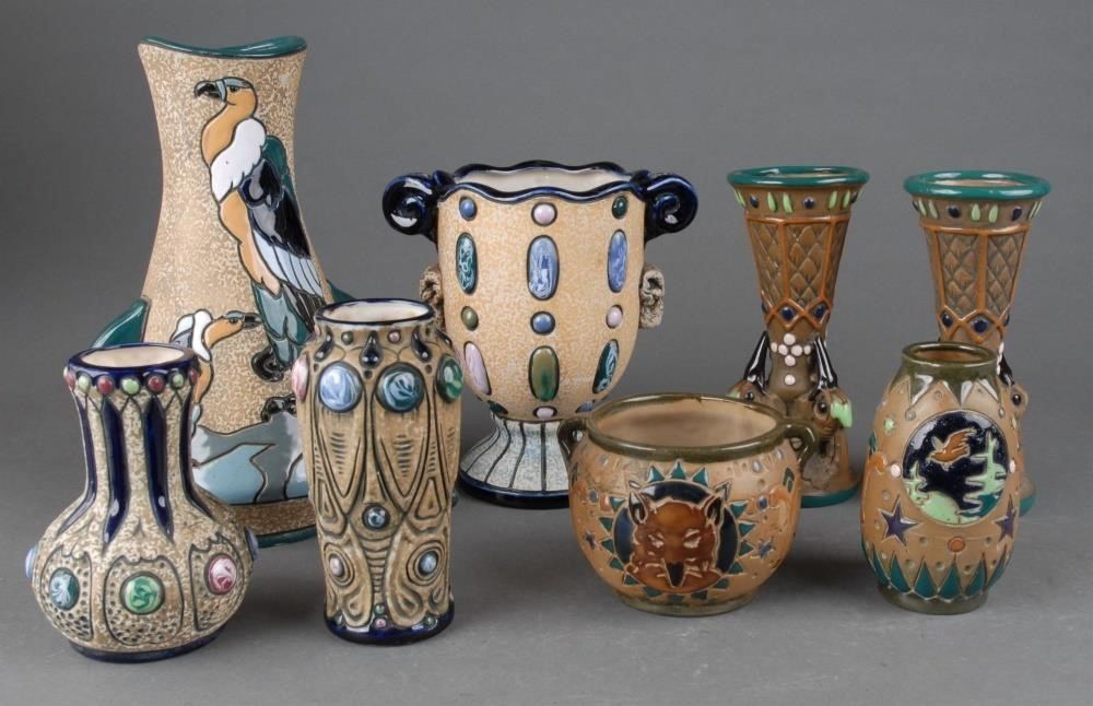Collectors Series: Art Pottery Auction