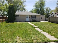 2054 11th Ave East-NO RESERVE! REAL ESTATE AUCTION!